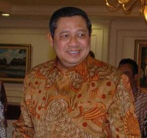 susilo-bambang-yudhoyono-dan-batik
